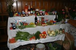 2012_09-02_Harvest_Table Left