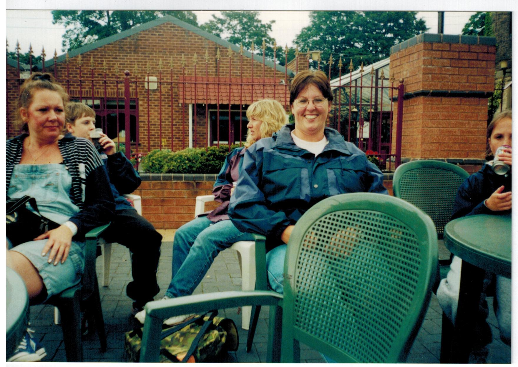 H167_Drayton-Manor-2000