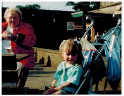 E150 Drayton Manor June-1994