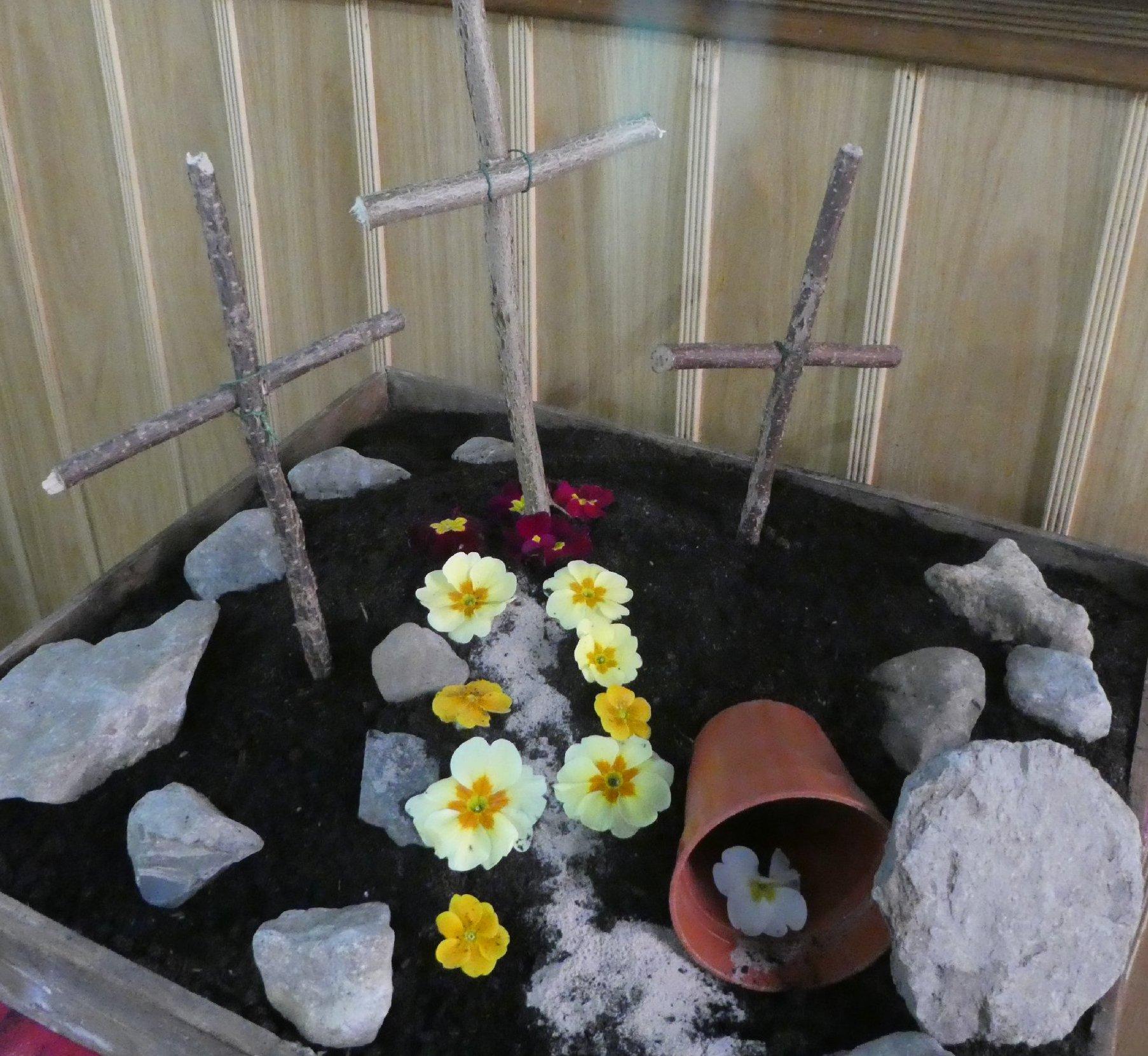 2017_04-16_Easter_Risen