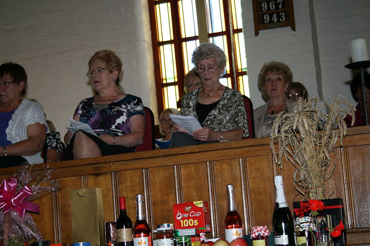 2012_09-02_Harvest_Moryth&Mum