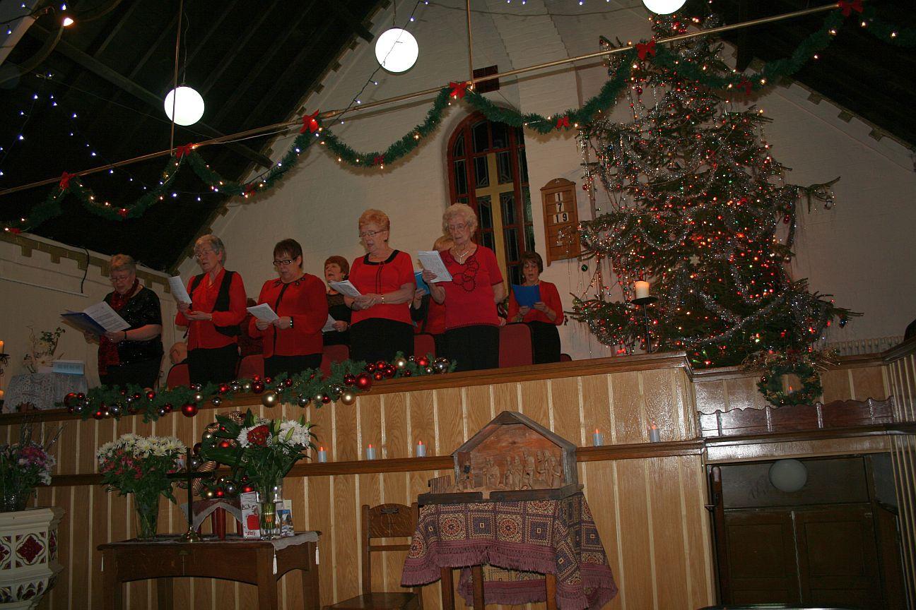 2013_12-15_Christmas Ladies