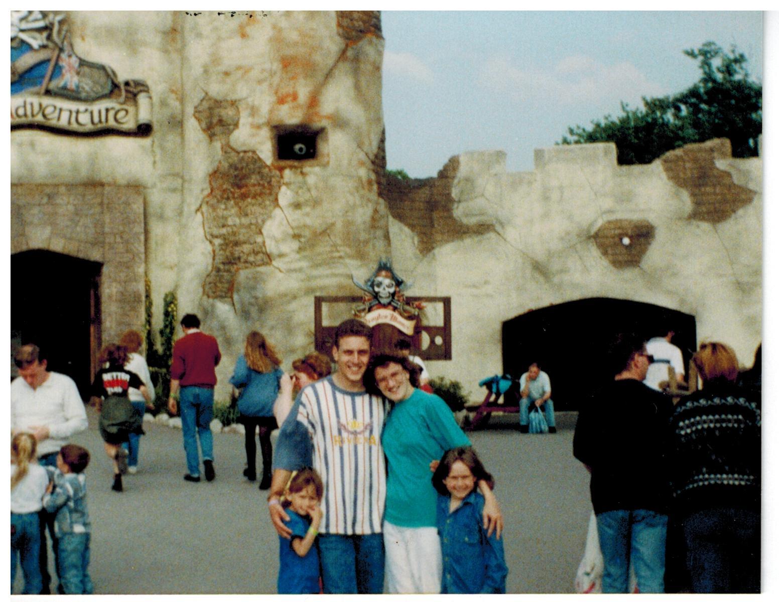 E155 Drayton Manor June-1994