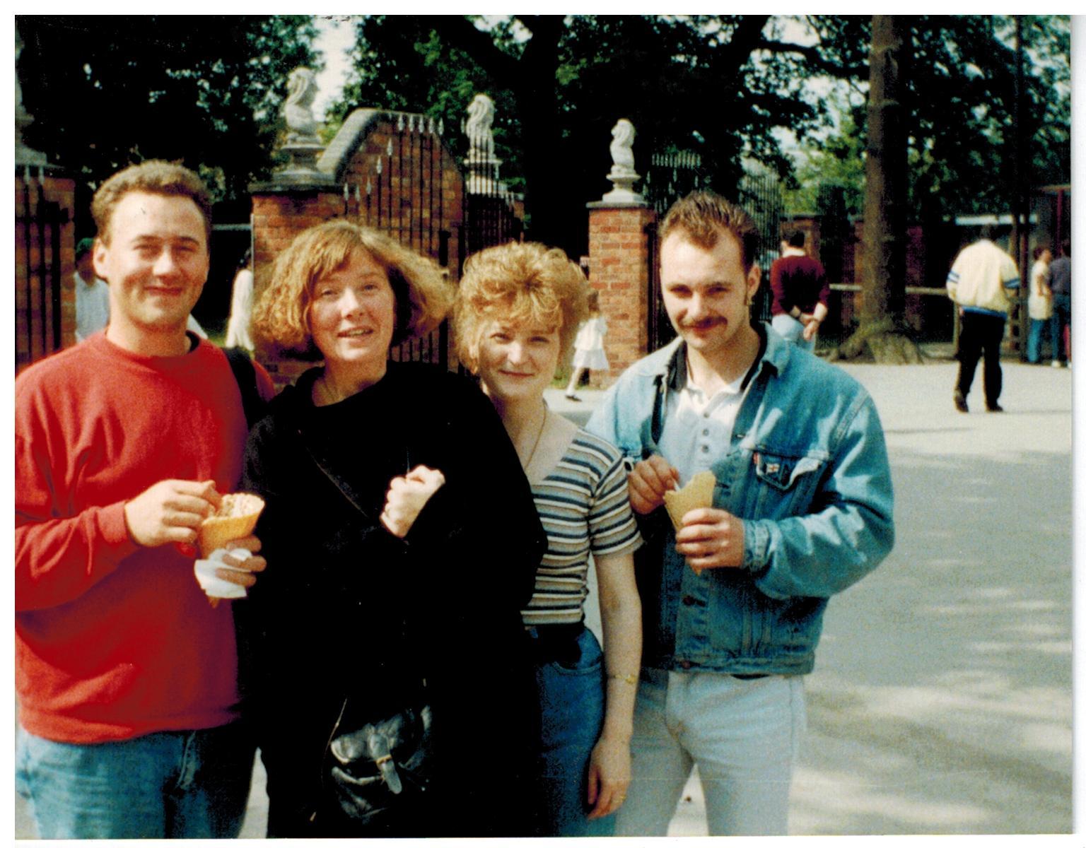 E156 Drayton Manor June-1994
