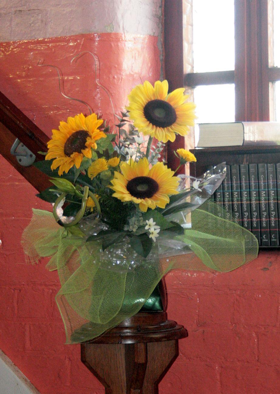2010_05-16_Anniversary Flowers2