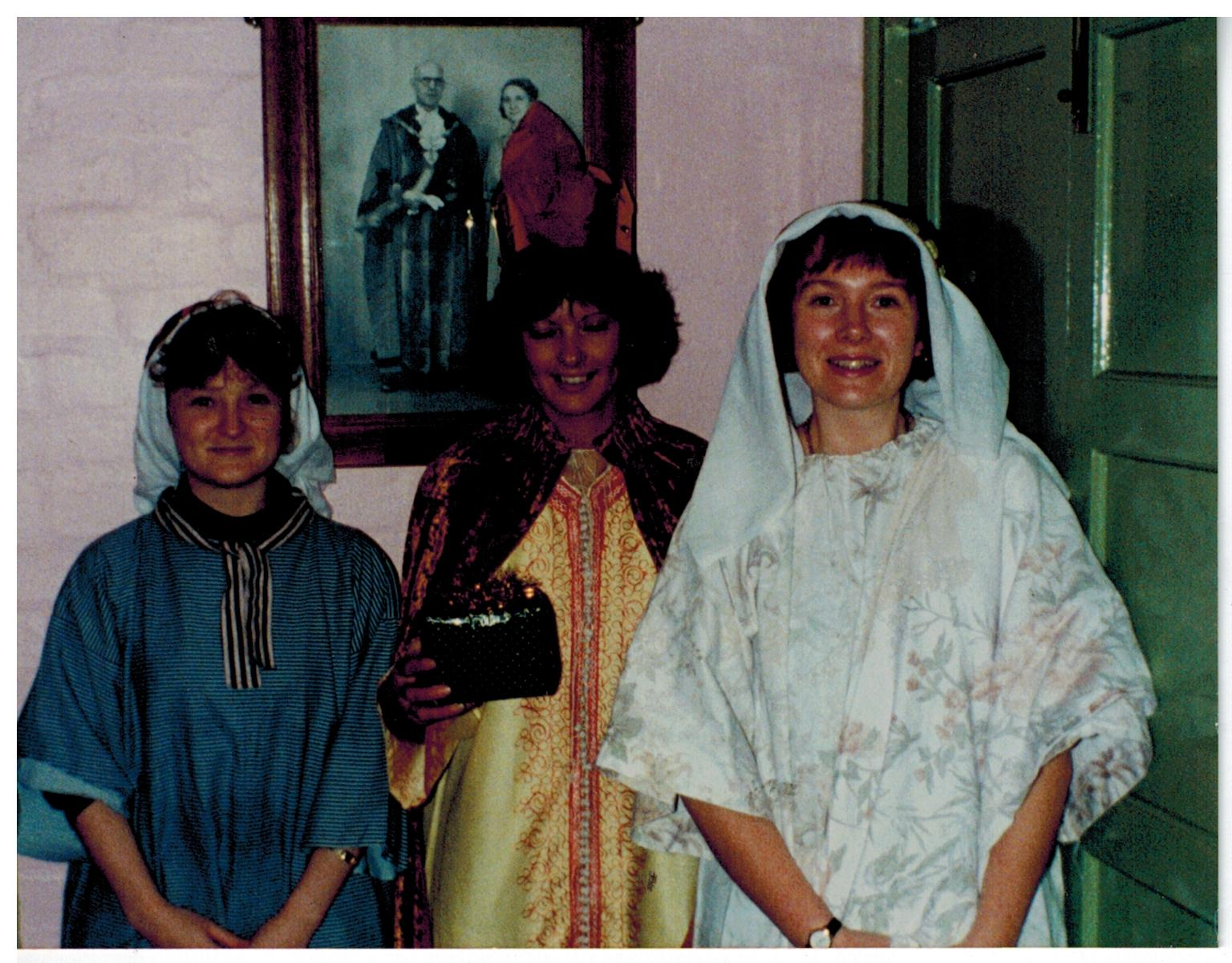 I011_Nativity_Play-1994