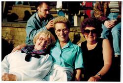 E142 Drayton Manor June-1994