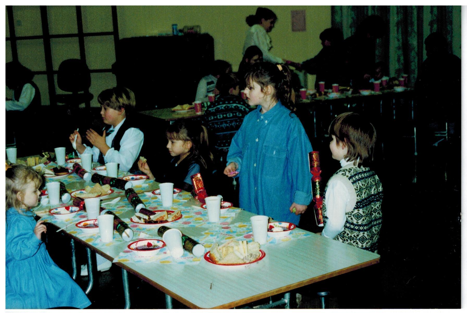 I032_Xmas-Party-1995
