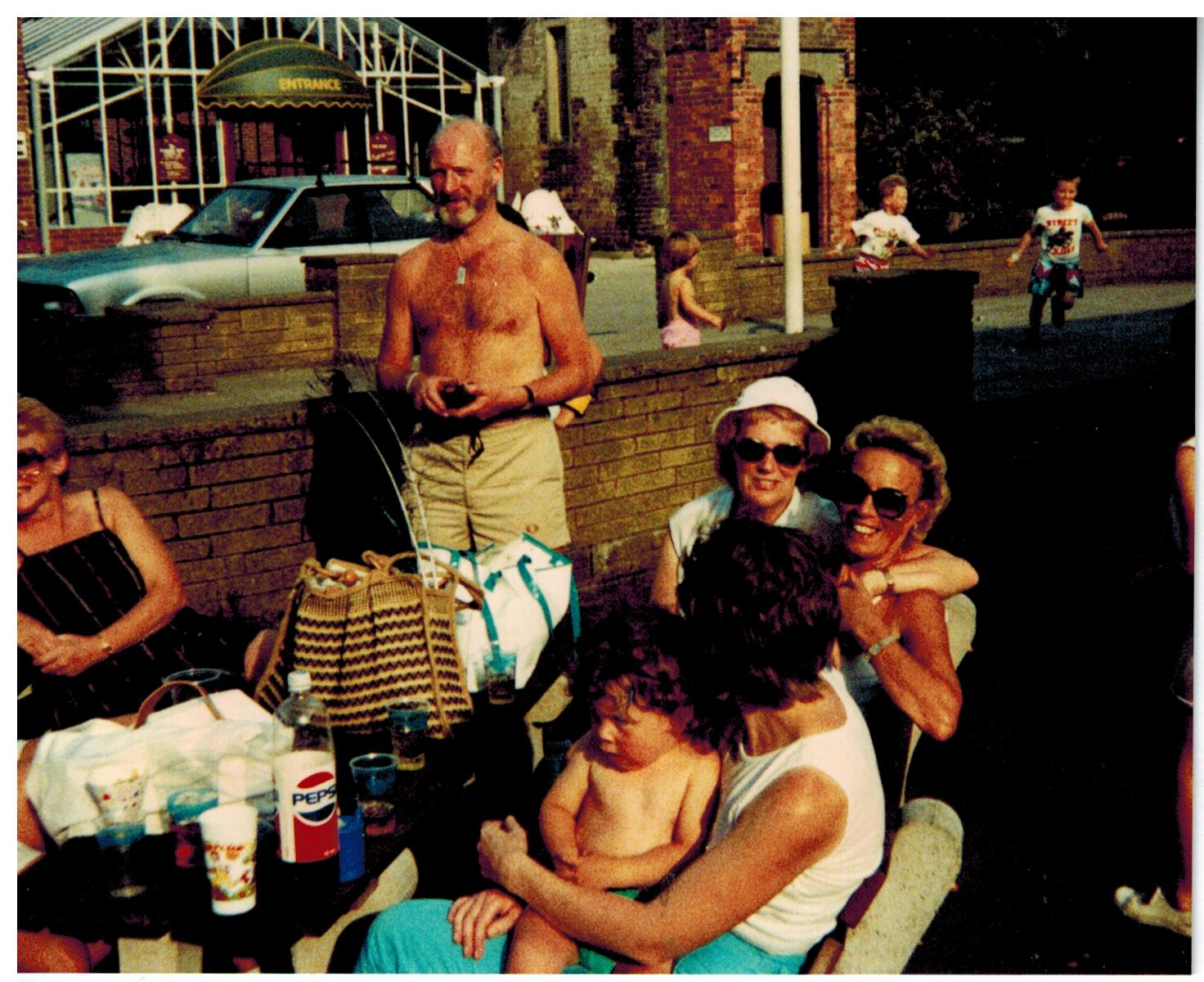 F325_Drayton-Manor[1988]