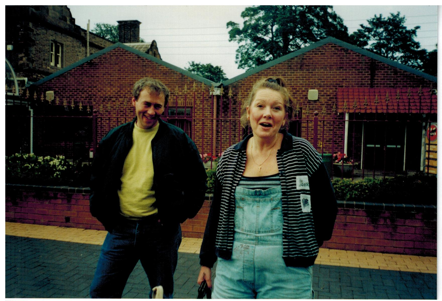 H165_Drayton-Manor-2000