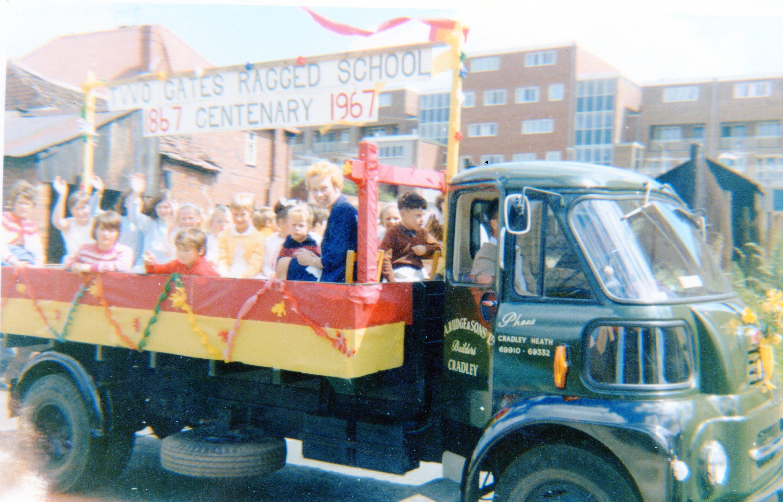 O097e_Centenary-Float-1967