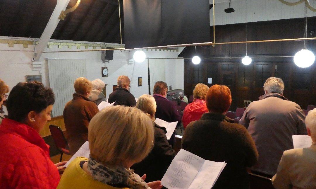 2016_11-09_Ladies Choir Rehearsal10