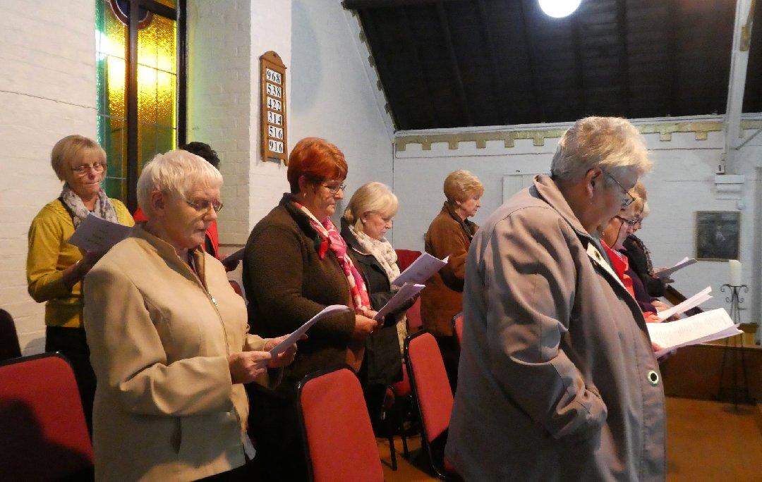 2016_11-09_Ladies Choir Rehearsal14