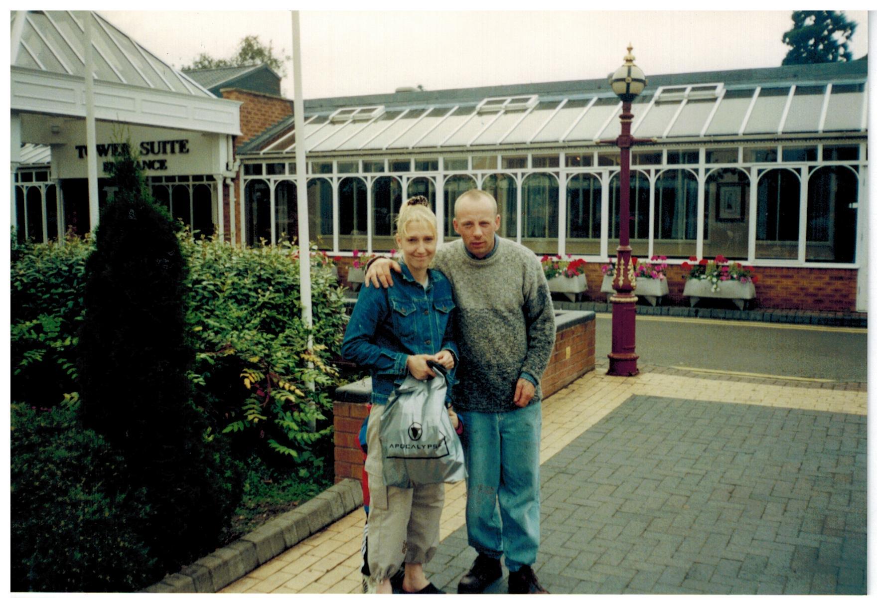 H172_Drayton-Manor-2000