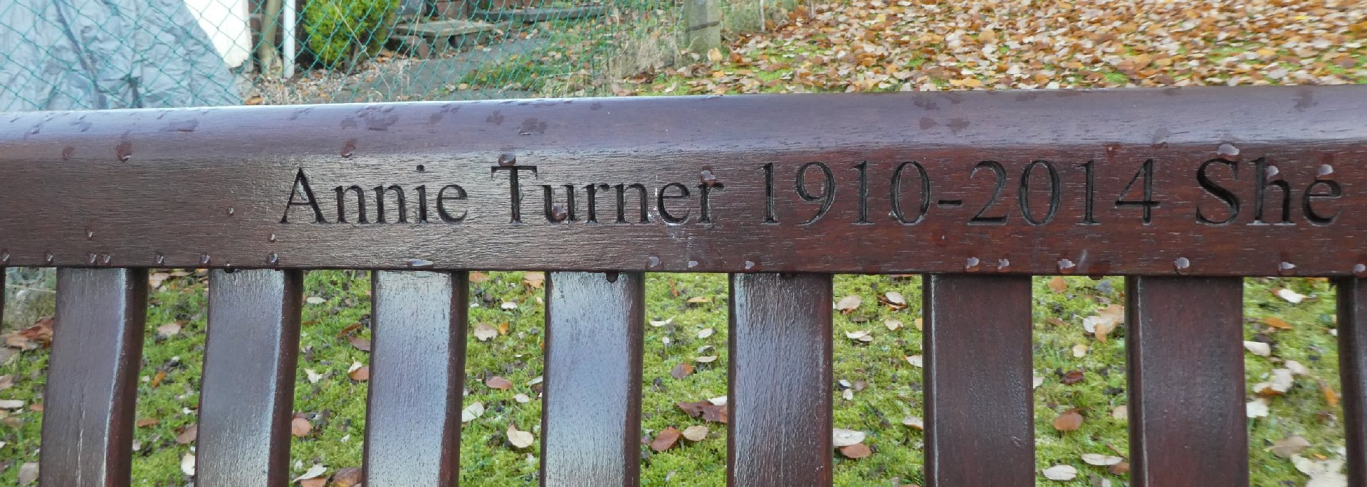 Prayer Zone_[Annie Turner]_(Bench)2