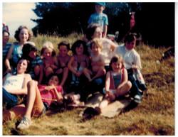 F381_Cradley-Park-walk[1984]