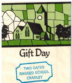 I261_Gift-Day-1996