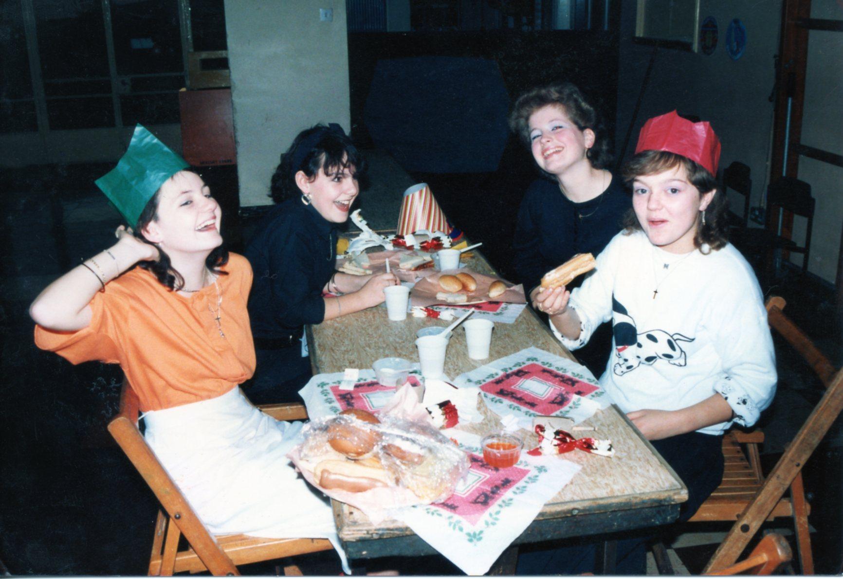 E002 Christmas Party 1990