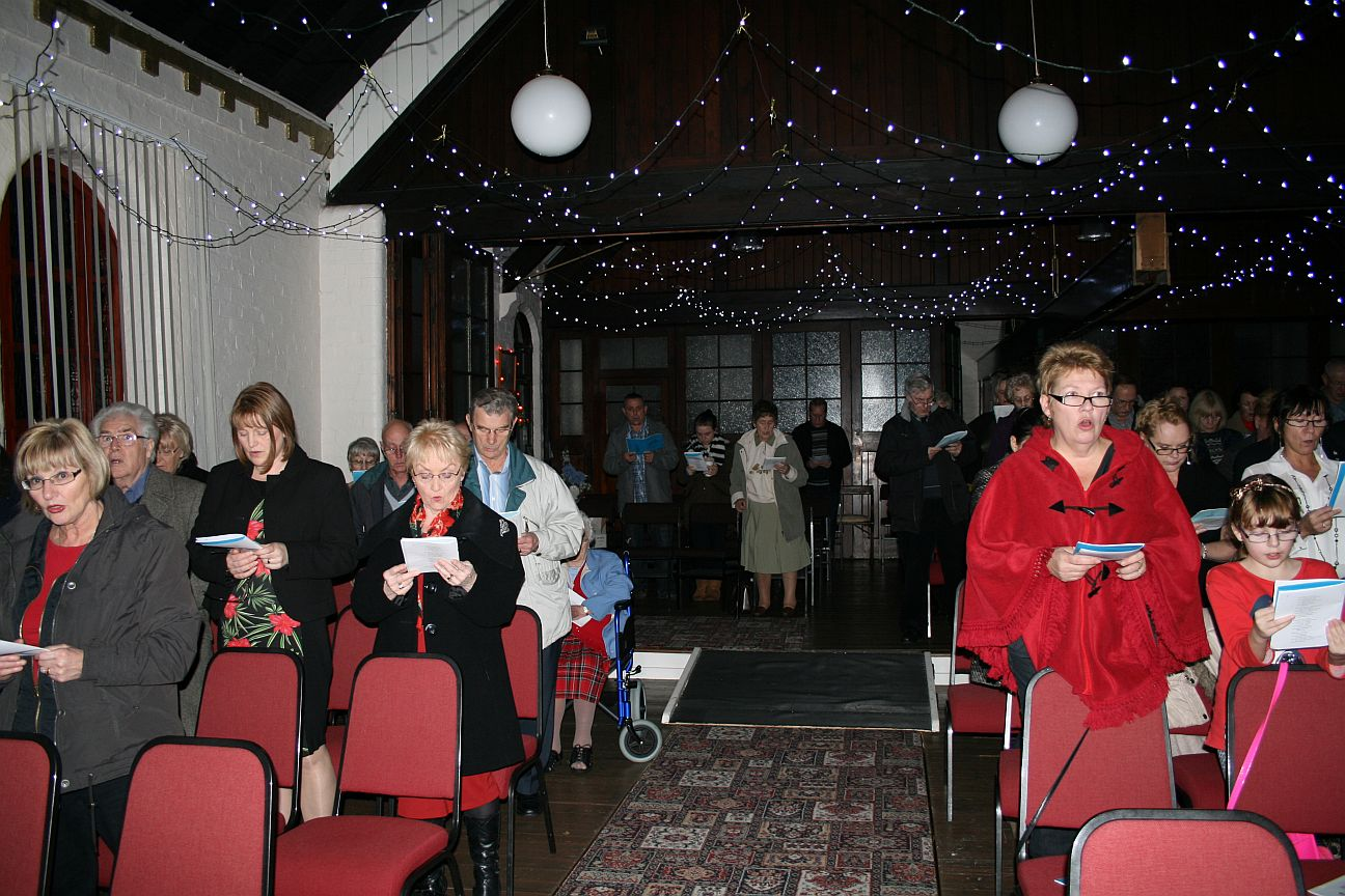 2013_12-15_Christmas Congregation3