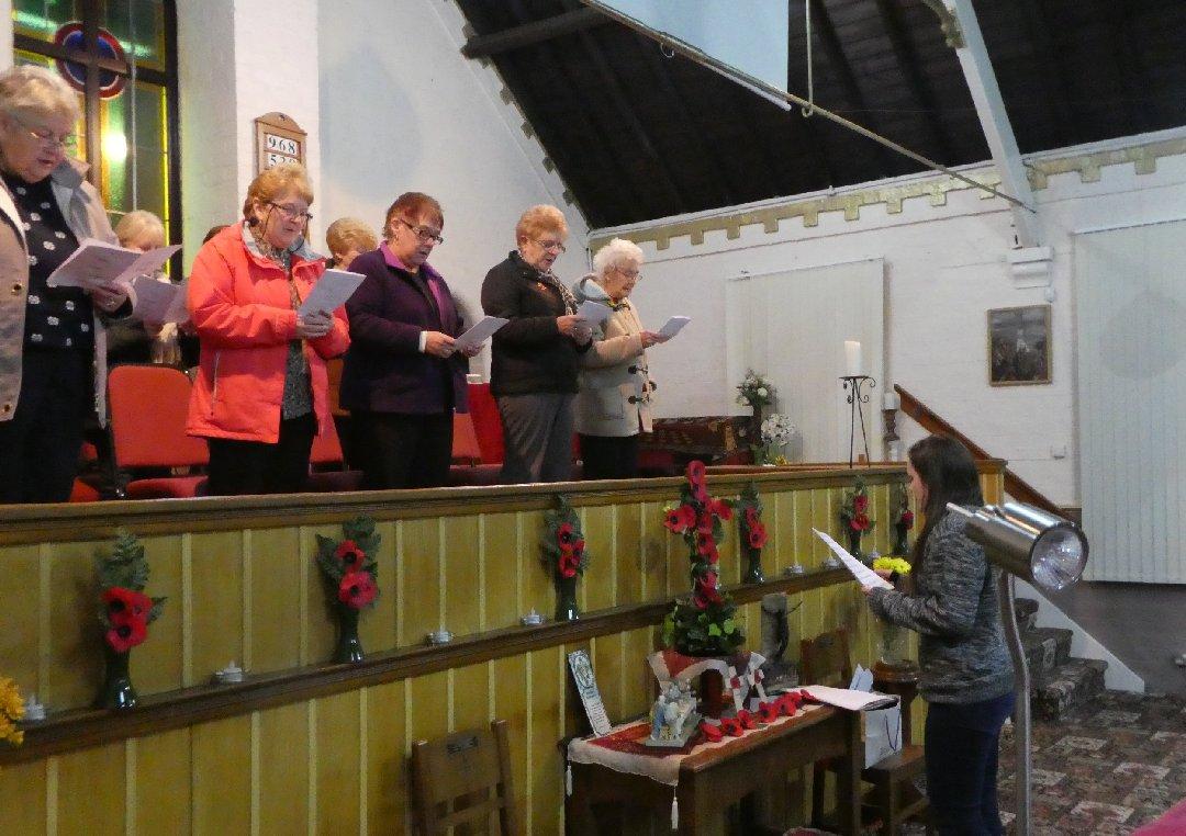 2016_11-09_Ladies Choir Rehearsal15
