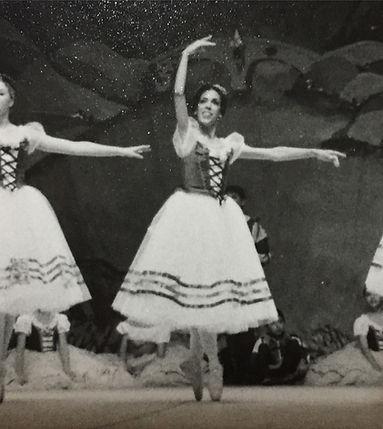 Ingrid F Lozano, professional ballerina, mother of Trienawear ballerina ambassador, Mercedes Lozano