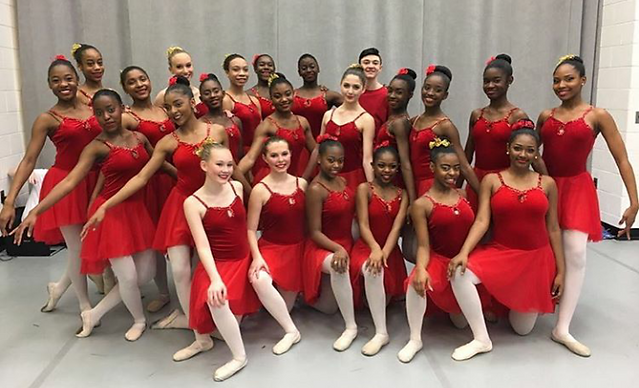 Trienawear ballerina ambassador Sage Sarai with the George Washington Carver Center for Arts and Technology Class of 2020