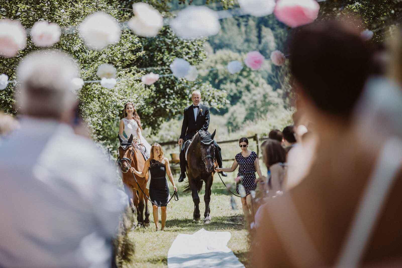 Hochzeit auf der Pferdekoppel