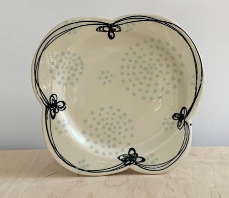 Clover, Circle Dots, Tin