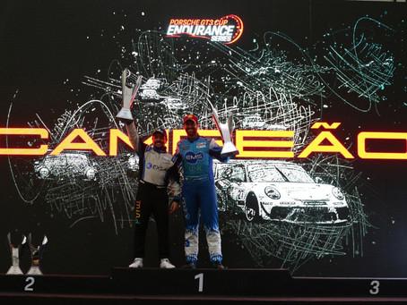 Dupla briga por título na Porsche Endurance Series