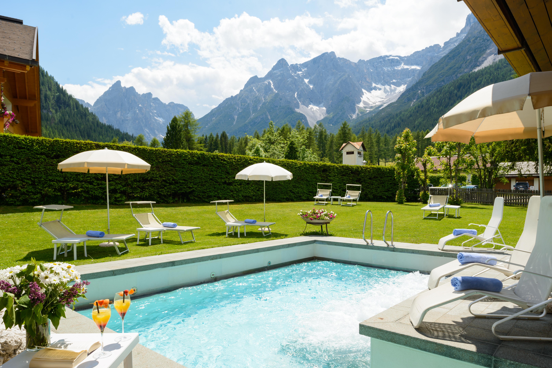 Pool Gartenanlage ©BadMoos