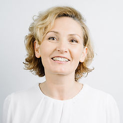Birgit Koller-Hartl, Feuer & Flamme. Die Agentur