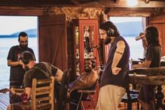 UmQuarto conferindo track gravada