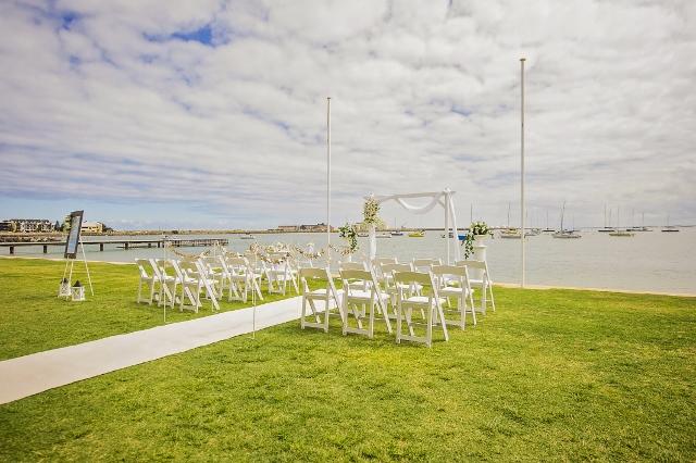 beach wedding wa