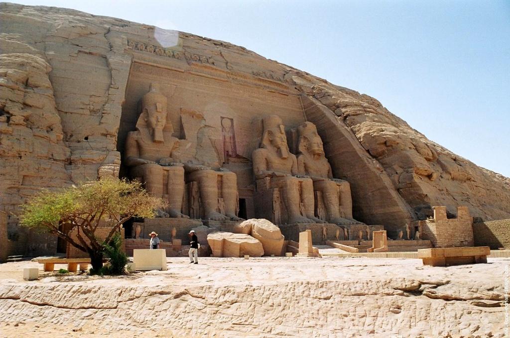 Visite du Temple de Ramses II d'Abou Simbel .jpg