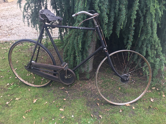 1935 Vintage Bicycle