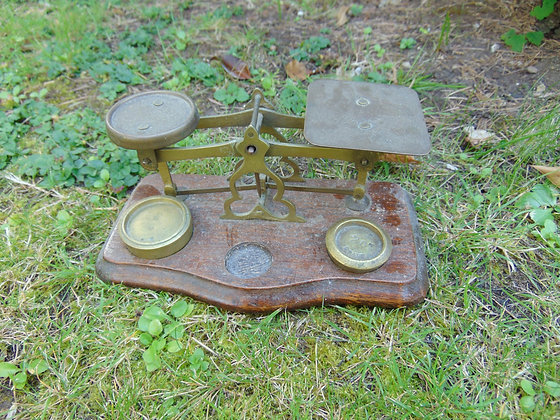 Small Vintage Scales