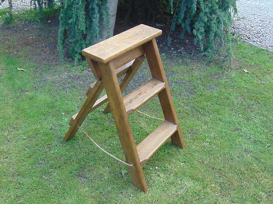 Short Wooden Victorian Dresser Steps