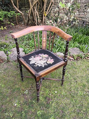 Tapestry Corner Chair