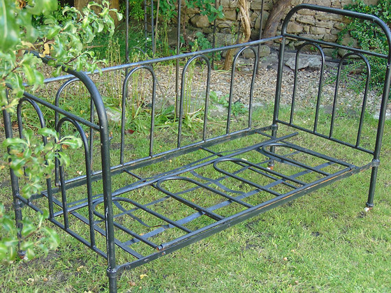 Black French Day Bed