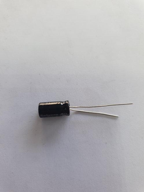 Capacitor electrolitico 220mf 16v 105°