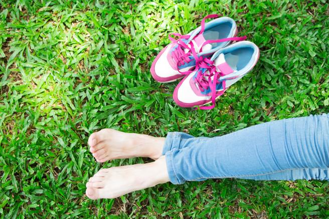 Tênis feminino: conheça a história desse calçado tão confortavel e importante para a nossa rotina
