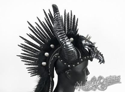 Black-_-Silver-Mohawk-with-Horns-_-Skull
