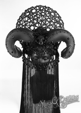 BLACK-RAM-HORN-WITH-SKULL-AND-MASK---1.j