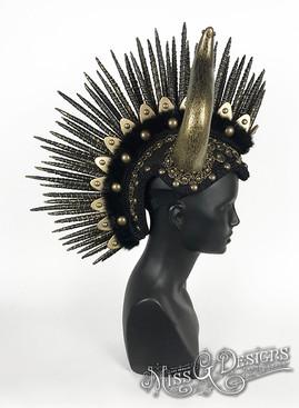 Black-_-Gold-Mohawk-with-Bull-Horns---2.