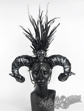 lack-Mohawk-Headdress-with-Ram-Horns----