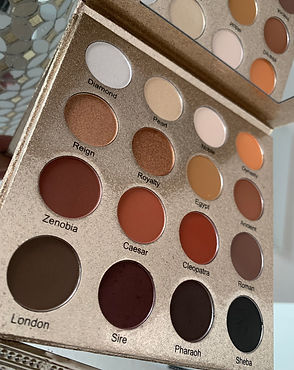 Crowne of Laurel Dominion Palette