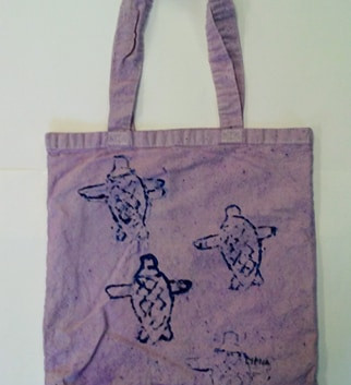 Lyrica_s Sea Turtle Tote.jpg