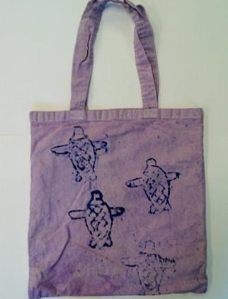 Lyrica_s Sea Turtle Tote.jpg