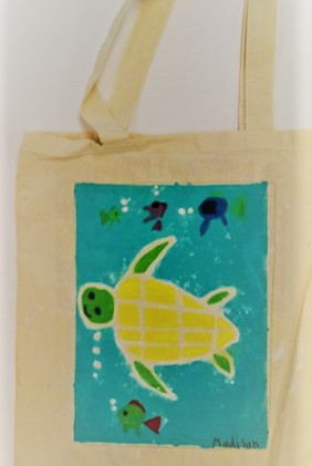 Madison_s Sea Turtle Tote.jpg