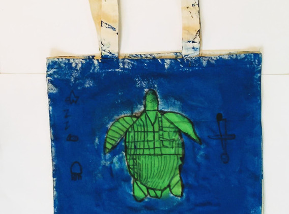 Zymone_s Sea turtle tote.jpg